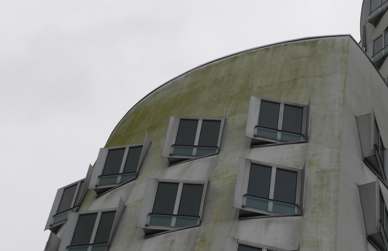 02 Duesseldorf 2010 Bauphase Fassadenbau Gehry Bauten Ceranski
