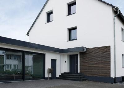 Fassadenbau – Einfamilienhaus in Bergisch Gladbach