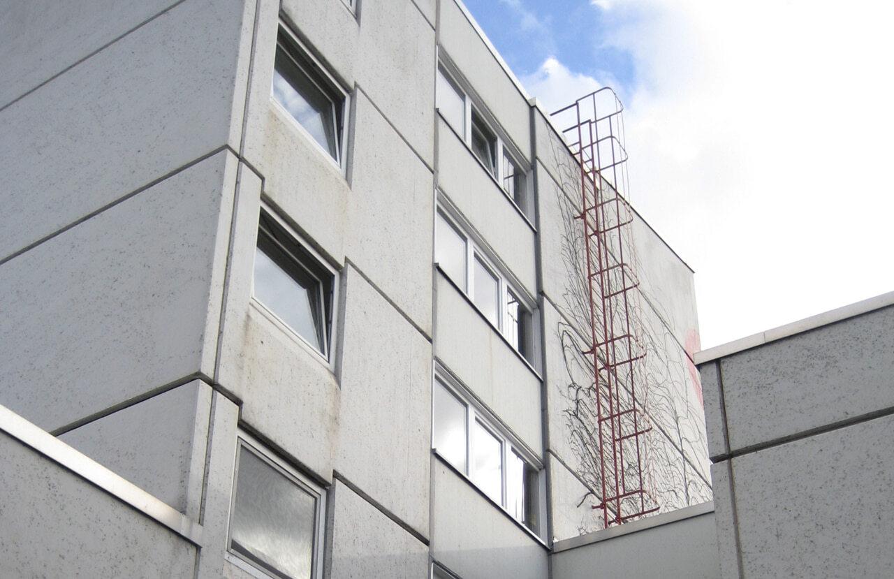 01 Duesseldorf 07 2010 Bauphase Fassadenbau Studentenwohnheim Uni Ceranski
