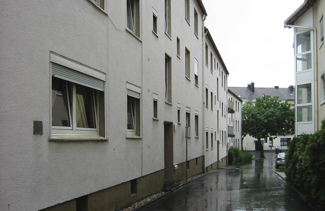01 Schwelm 10 2008 Bauphase Fassadenbau Mehrfamilienhaus Ceranski