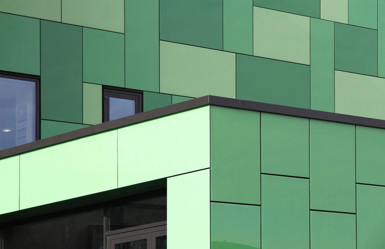 06 Bochum 08 2010 Fassadenbau Glasfassade Umbau Aufstockung Buerogebaeude Ceranski